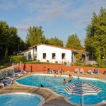 camping piscine couverte hendaye